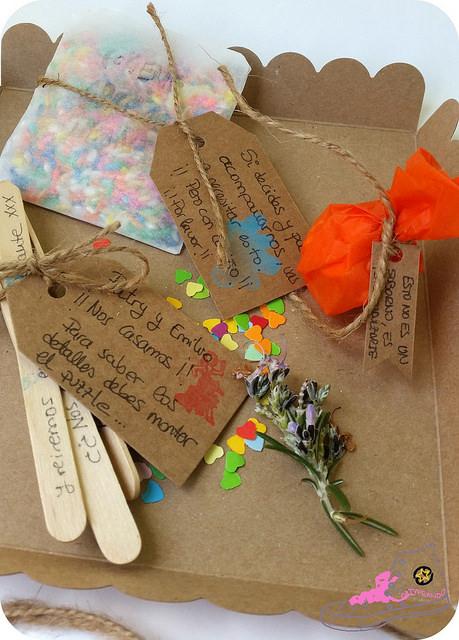 detalles en una invitación de boda original