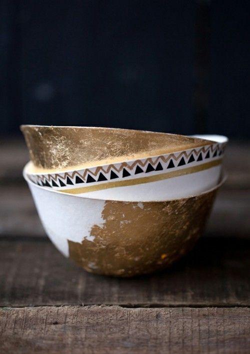 Conjunto porcelanas decoradas con oro
