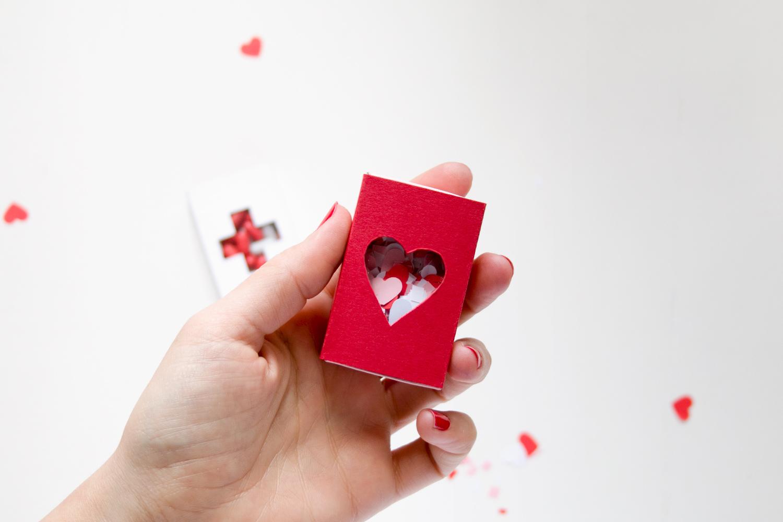 caja de confeti