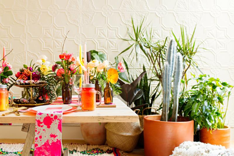 Detalles decoración mesa para una fiesta de estilo bohemio