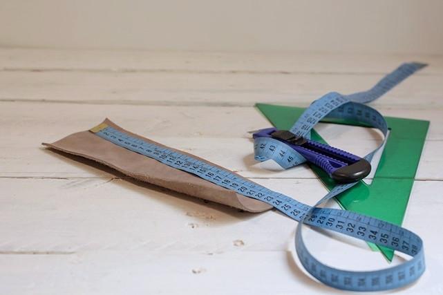 cortar pieza de piel florero orgánico missoluciones-pángala