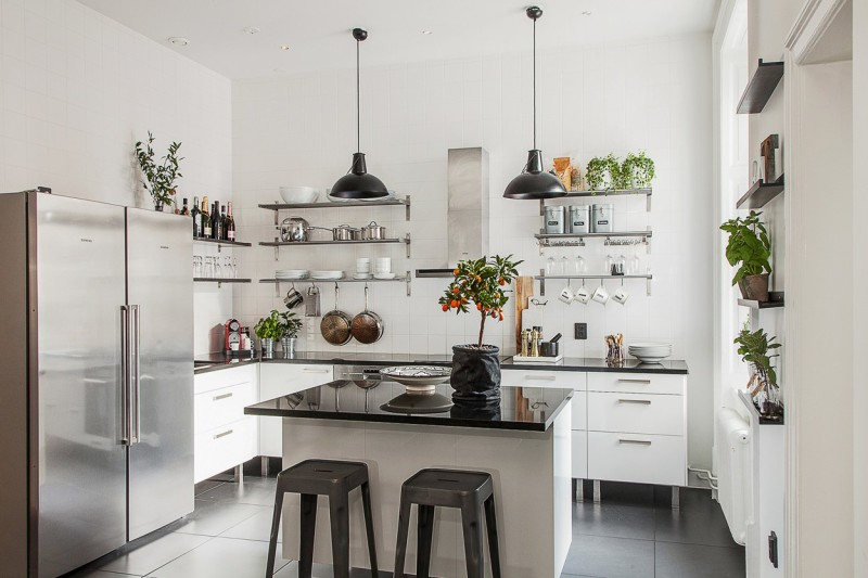 cocina_flores_ambiente_elegante_sobrio