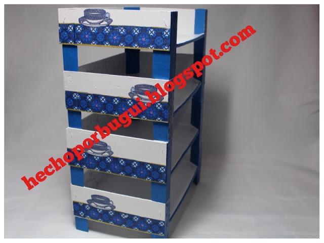 Estanteria con cajas de frutas de Hecho por Bugui