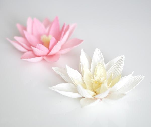 lirio-agua-flor-papel-diy