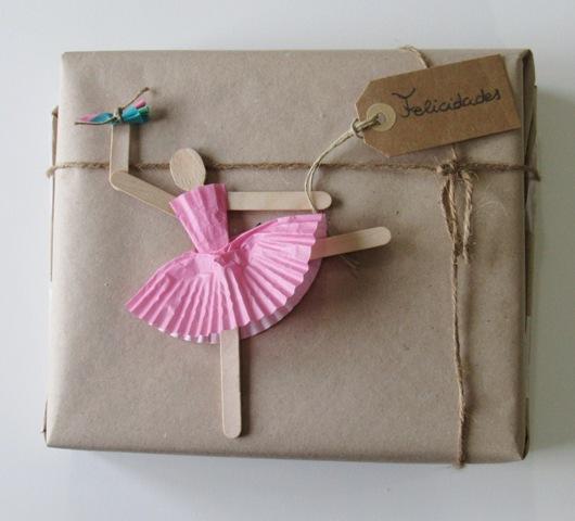 etiqueta regalo adorno delicada bailarina