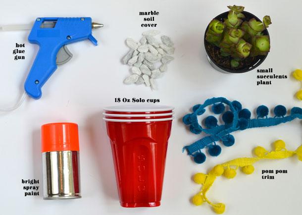 3_DIY_para_decorar_una_mesa_de_verano_materiales_para_vasos_personalizados