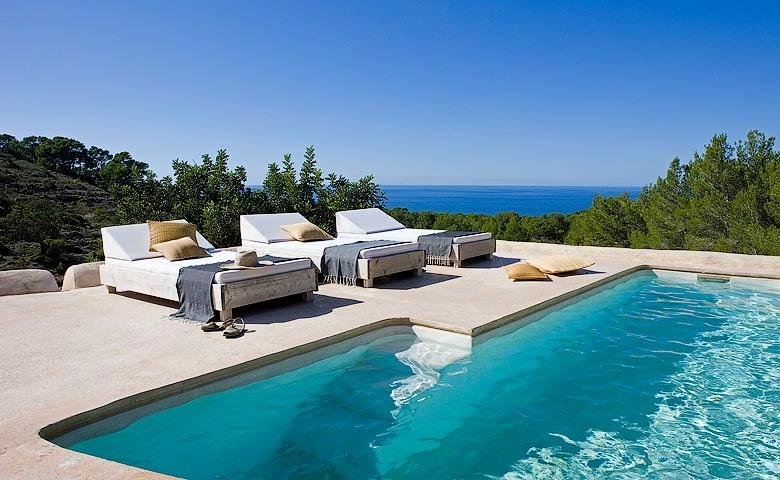Casa de alquiler en Ibiza con piscina