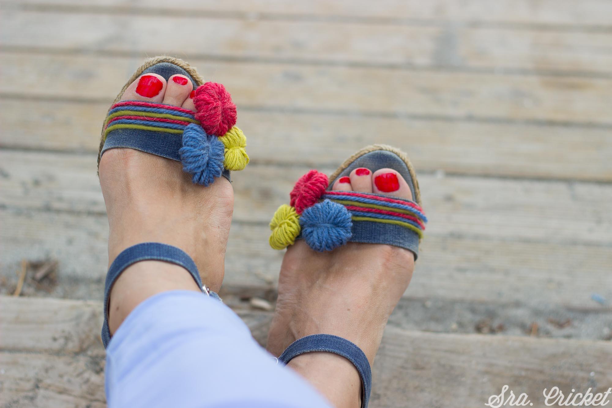 decorar sandalias viejas