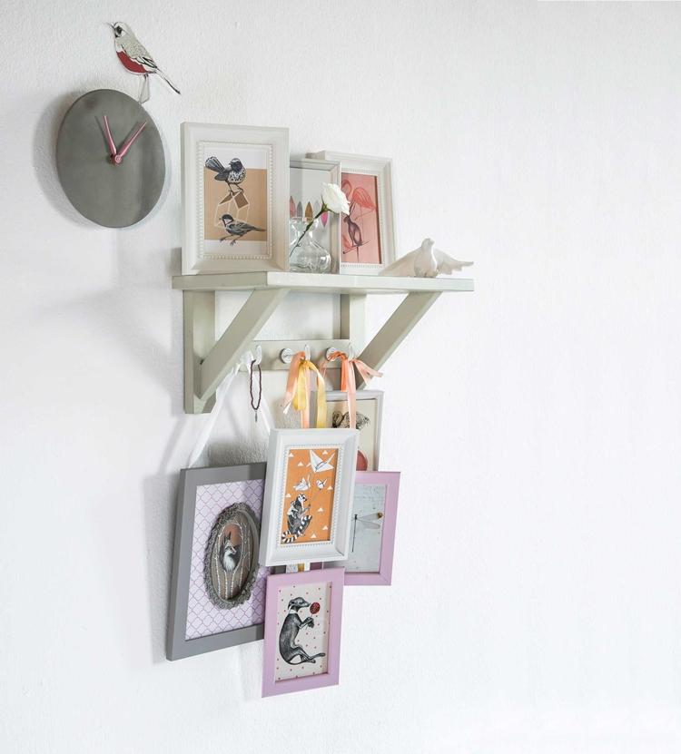 estanteria-cuadros-colores-alquimia-deco-decoracion-nordica-interiorista-barcelona-marcos-fotos-cuadros-decorativos-decorar-pared