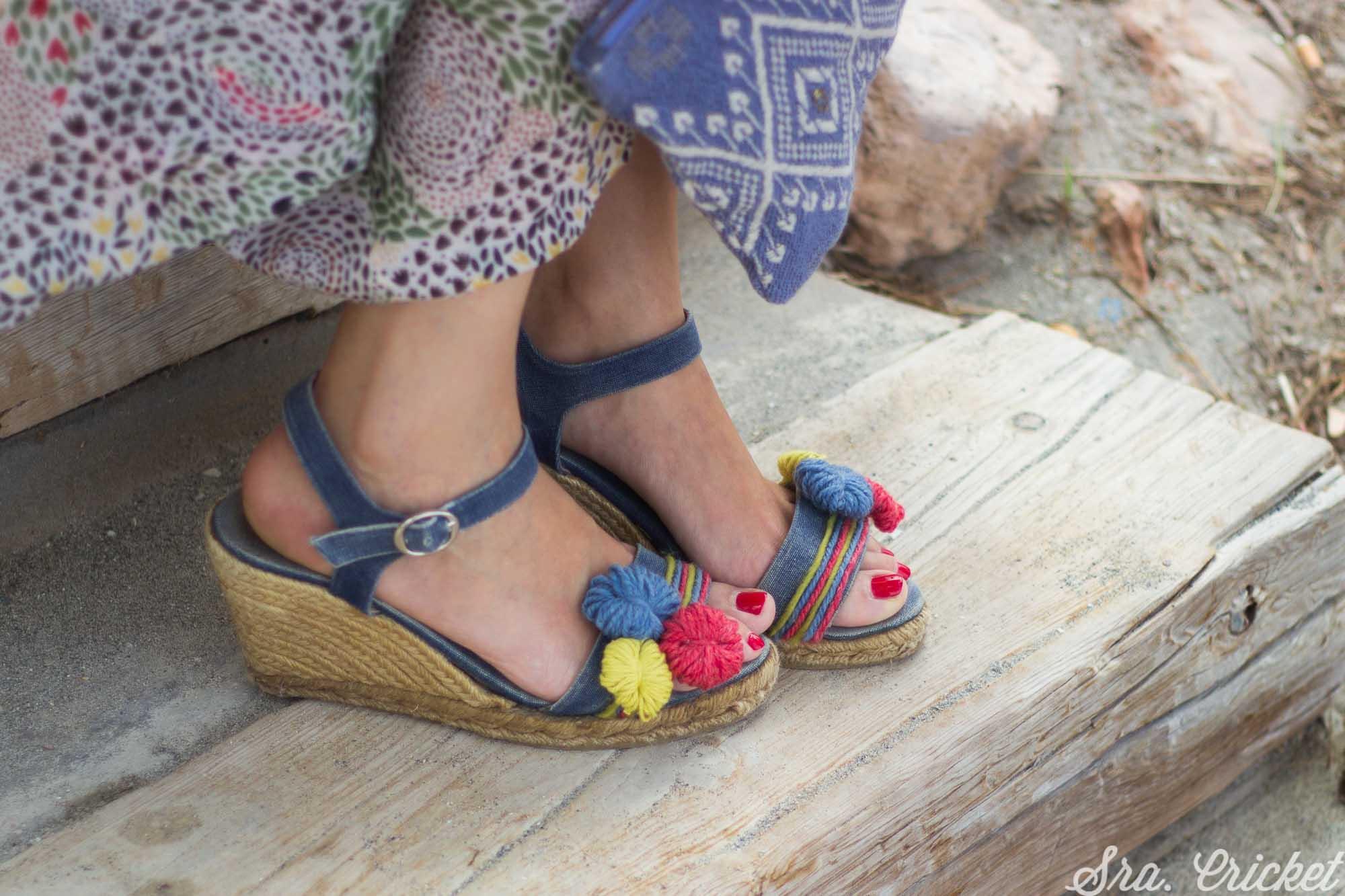 viejas sandalias de esparto personalizadas