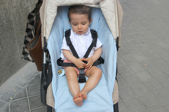 DIY Como hacer funda universal de silla de paseo o carrito para niños y bebes. Blog de costura y patrones gratis.