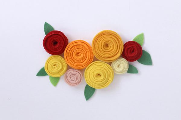 flores-fieltro-banderin-banner-hola