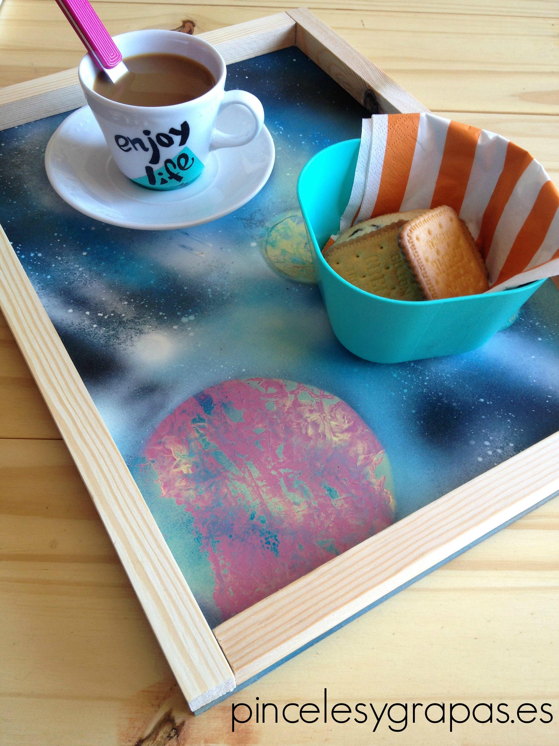 pinceles_y_grapas_planetas_desayuno
