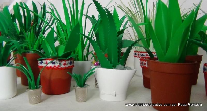 DIY Miniatura de planta de hojas verdes reciclando botellas de plástico