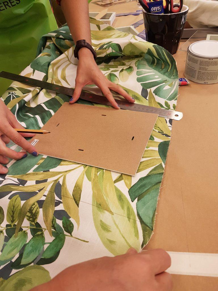 taller-diy-leroy-merlin-sabado-8-octubre-decorar-un-marco-de-fotos-con-telas-5