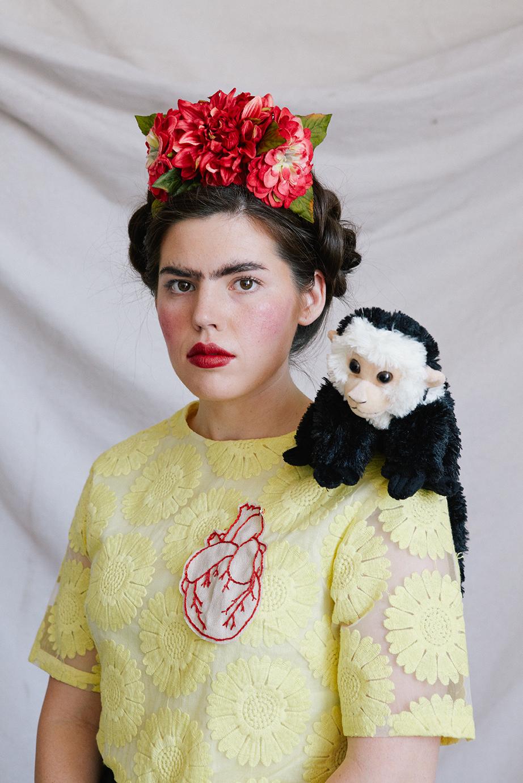 diy-frida-kahlo-beauty-tutorial