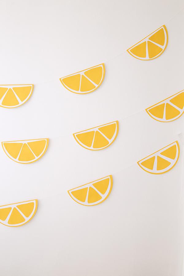 guirnalda-limones-diy-amarillo-plano