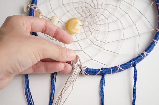 Reto Mouliné DIY Dreamcatcher