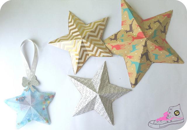 estrellas de papel con relieve
