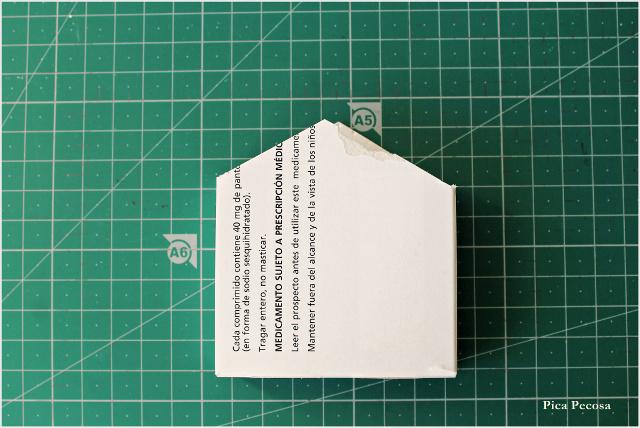 calendario-adviento-diy-imanes-puerta-nevera-cajas-medicamentos-recicladas-paso-2