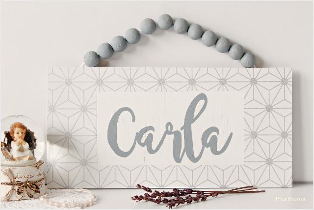 cartel-nombre-bebe-diy-tabla-chalk-paint-bolas-porexpan