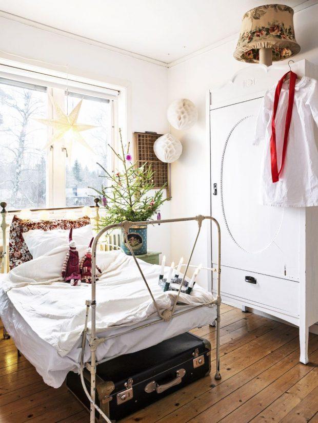 habitacion-infantil-blanca-y-navidad