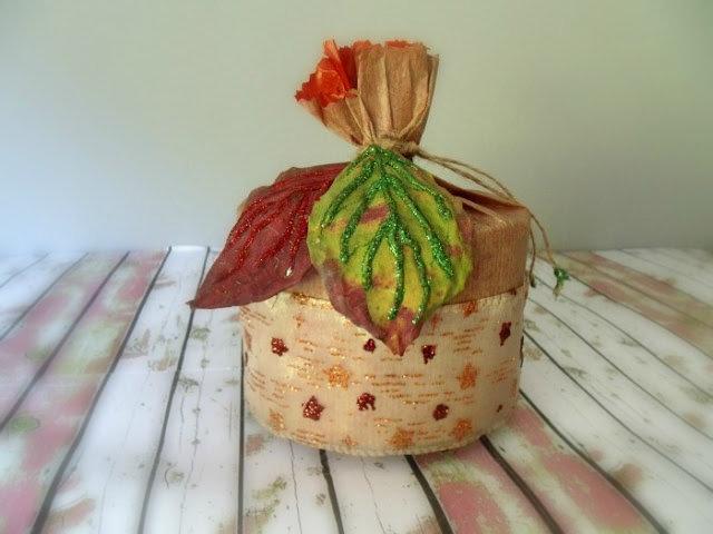 empaquetar-con-hojas-secas (4)