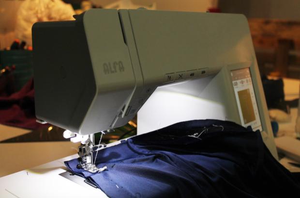 coser con máquina alfa.jpg