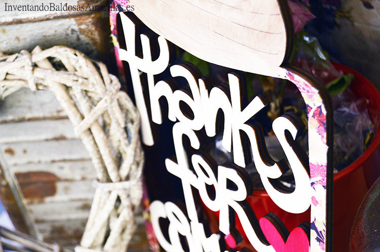 decorar-siluetas-madera-con-washi-1