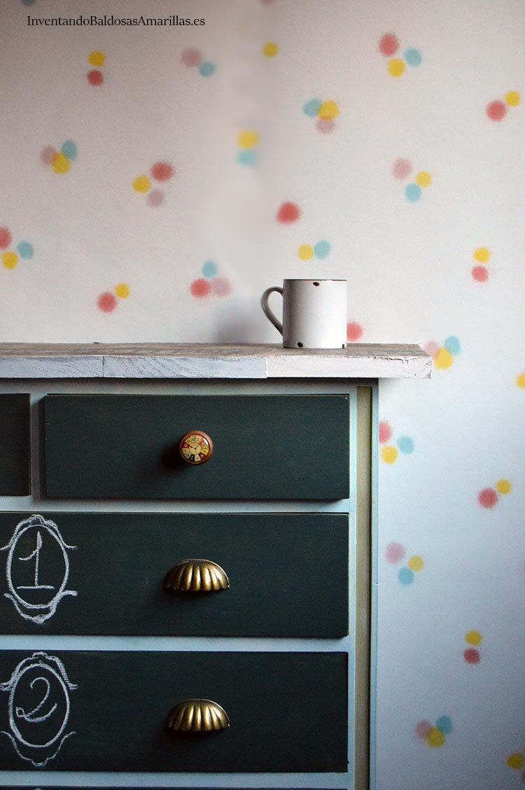 mueble-decorado-con-tiza-1