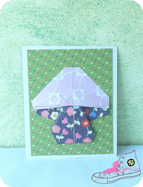 tarjeta con seta de origami