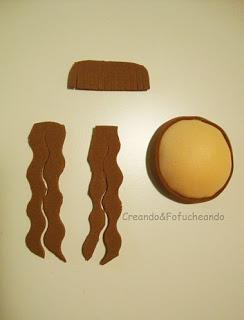Cabeza y pelo libreta decorada con Fofucha de Invierno