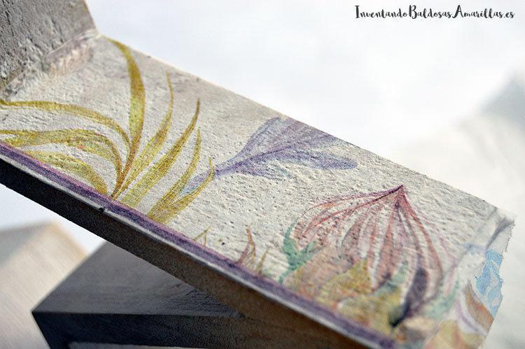 estrella-madera-decorada-servilleta-decoupage-1