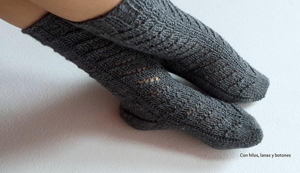 Con hilos, lanas y botones: Calcetines calados (toe-up heel flap & gusset socks)