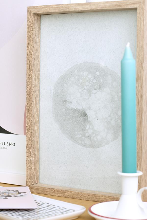 cuadro-lamina-luna-pintura-tempera-negra-1