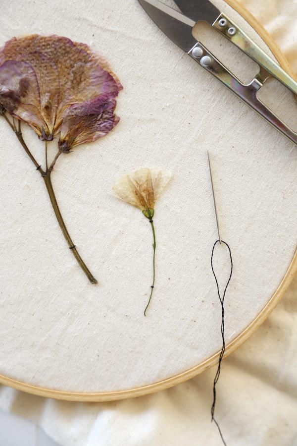 diy-bastidos-flores-secas-costura