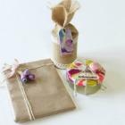 http://likethisandmore.blogspot.com.es/2017/03/diy-envolver-regalos-con-plastilina.html
