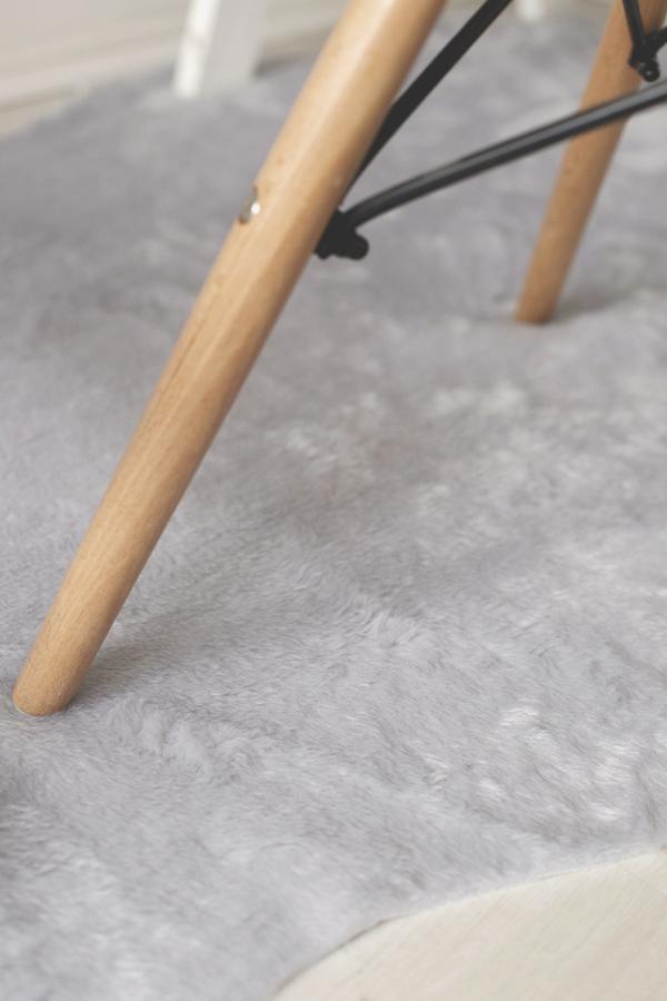 alfombra-piel-sintetica-escritorio-diy-desk-fur-1