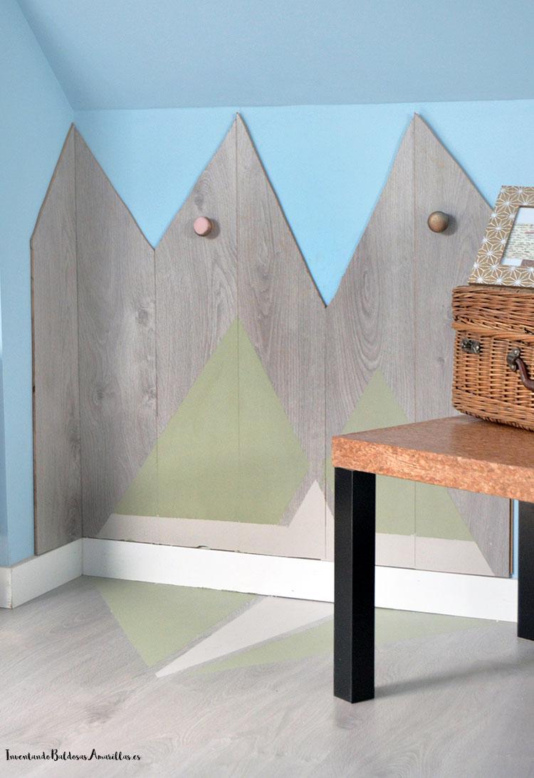 tarima-reciclada-colgador-pared