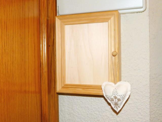 armario-llaves-madera-natural