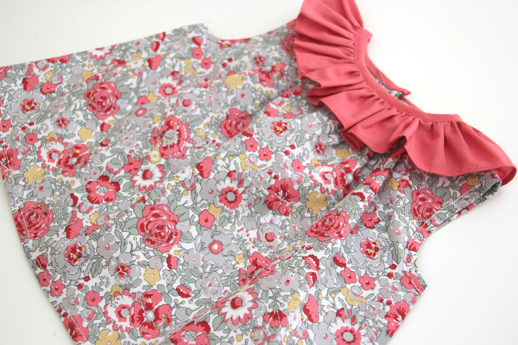 DIY Como hacer blusa con volante para niñas (patrones gratis ...