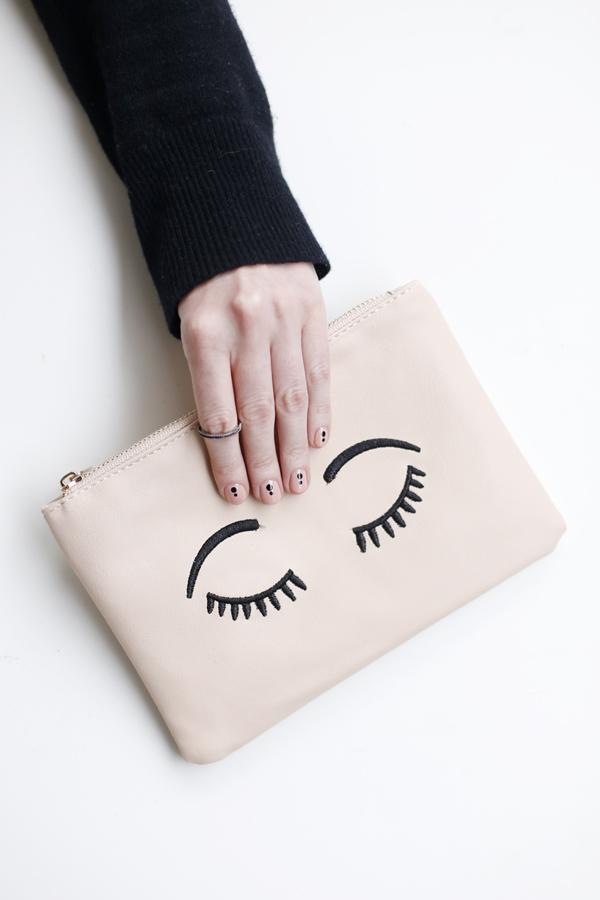 manicure-nail-nailart-punto-negro-black-dot-3