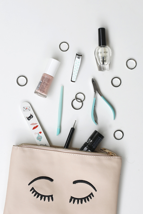 manicure-nail-nailart-punto-negro-black-dot-materiales