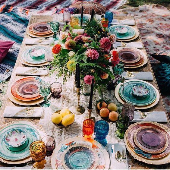 Trucos_para_decorar_tu_casa_de_verano_menaje_color