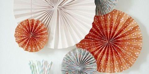 decoracion para fiestas DIY - adornos con papel