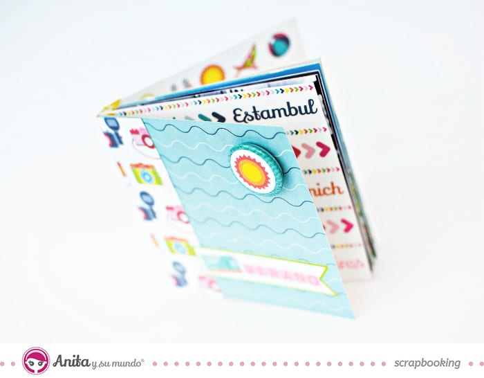 mini-album-scrapbook