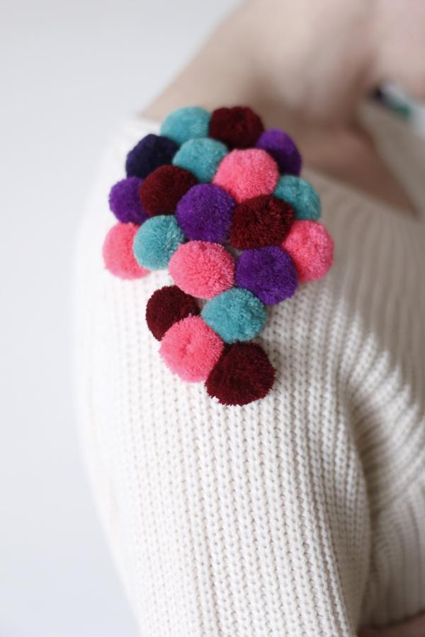sweater-chaleco-pompon-diy-pompom-costura-details