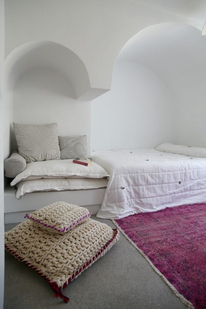Este-verano-practica-Nesting-dormitorio-12
