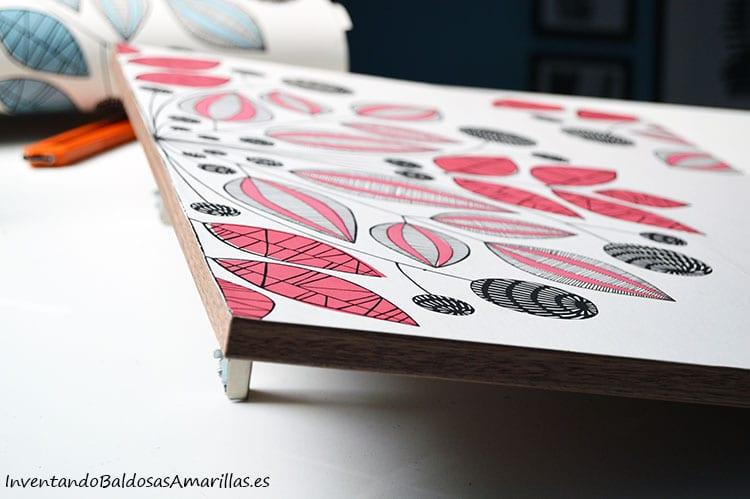 puerta-decorada-papel-pintado