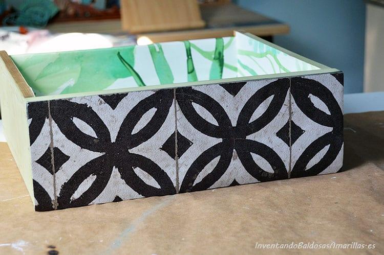 cajon-decorado-papel-pintado